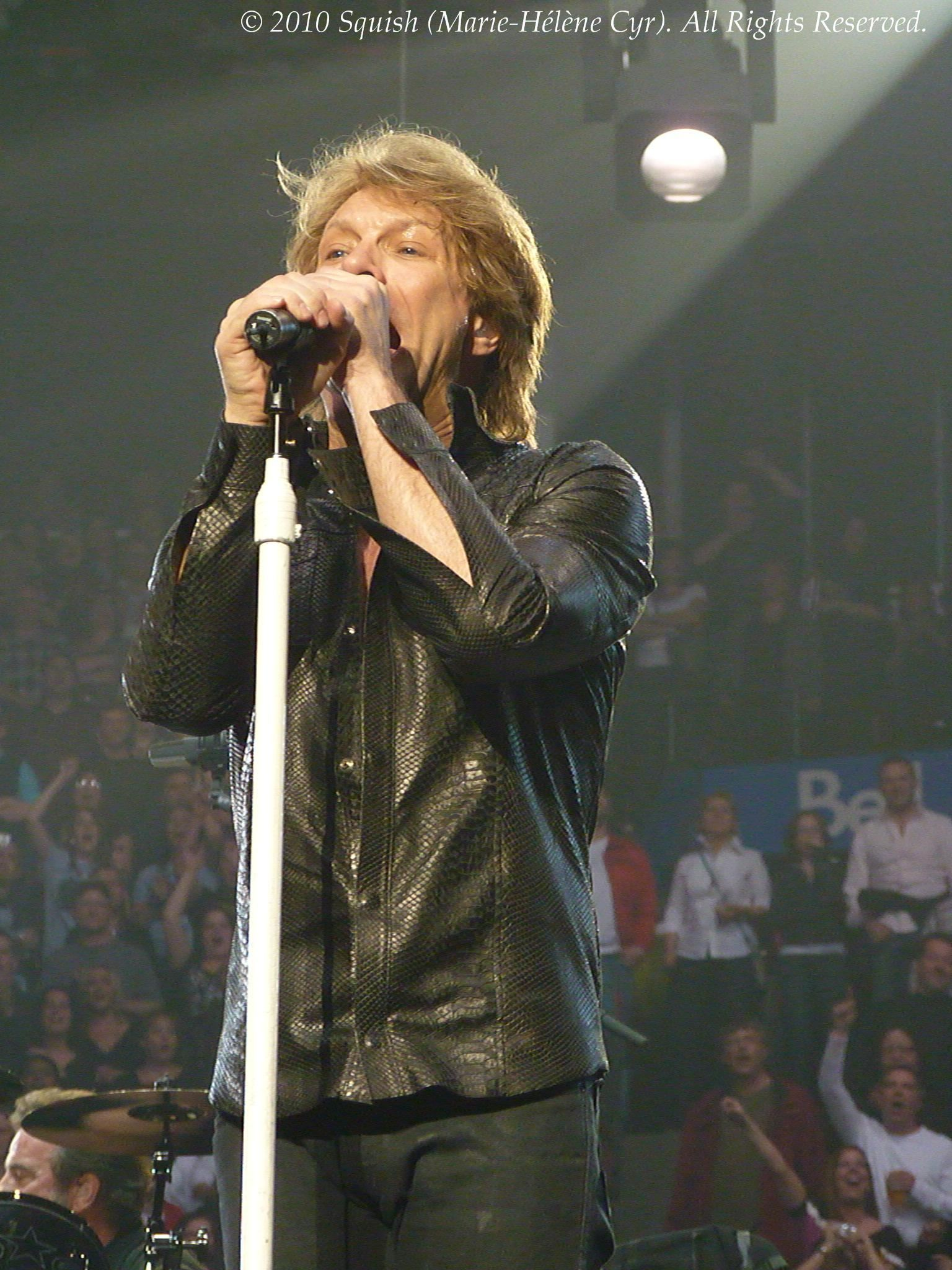 Bon Jovi - Bell Centre, Quebec, Canada (March 20, 2010)